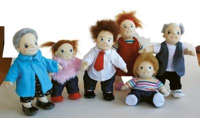 famiglia-bambole